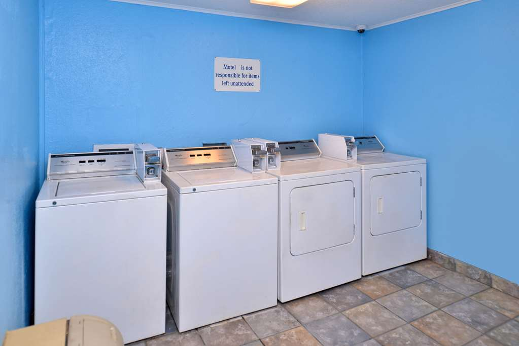 Laundry 38 of 48