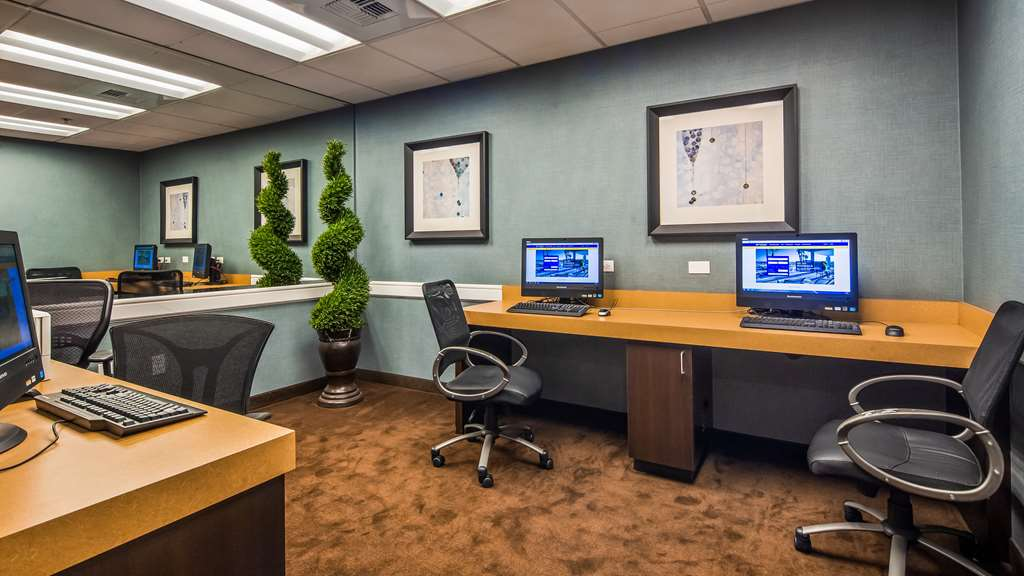 Business Center 155 of 267