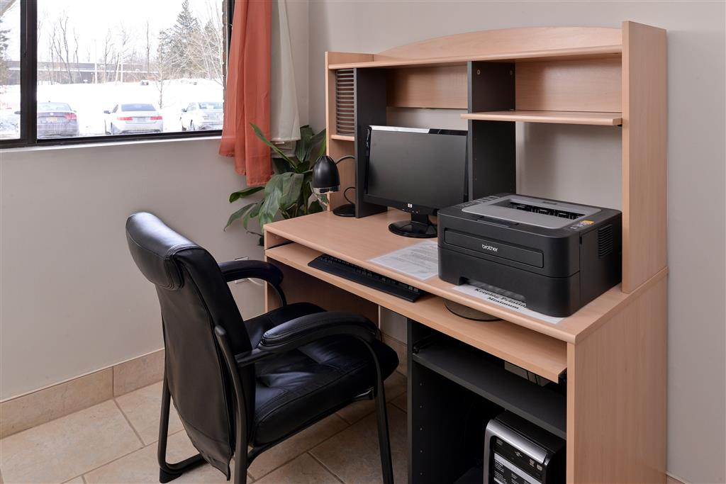 Business Center 69 of 81