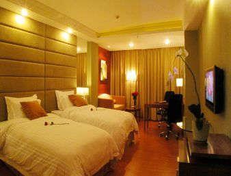 Deluxe 2 Twin Bedroom