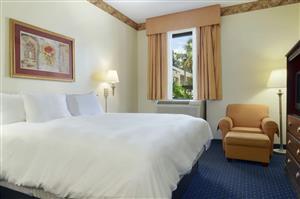 Suite - Baymont Inn & Suites Tallahassee