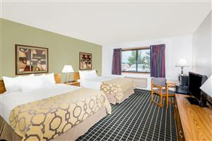 Room - Baymont Inn & Suites Marshalltown