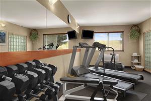 Fitness/ Exercise Room - Baymont Inn & Suites Golden