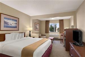 Suite - Baymont Inn & Suites Golden