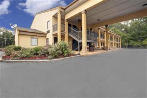 Exterior view - Americas Best Value Inn Montezuma