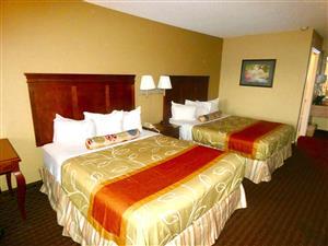 Room - Americas Best Value Inn Montezuma