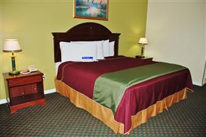 Room - Americas Best Value Inn & Suites Hempstead