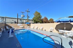 Pool - Americas Best Value Inn Brookhaven