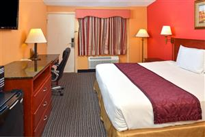 Hotels Near Suffolk County Ny