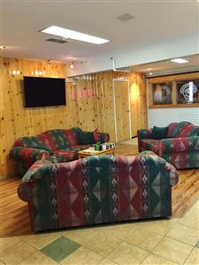 Lobby - Canadas Best Value Inn Whitehorse