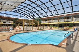Pool - Best Western Plus Dubuque Hotel & Conference Center