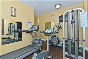 Fitness/ Exercise Room - Best Western Plus Airport Inn West Newark