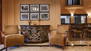 Lobby - Best Western Alamo Inn & Suites San Antonio