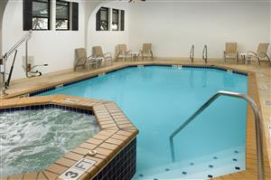 Pool - Best Western Alamo Inn & Suites San Antonio