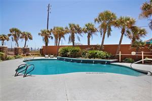Pool - Best Western Plus Seawall Inn & Suites Galveston