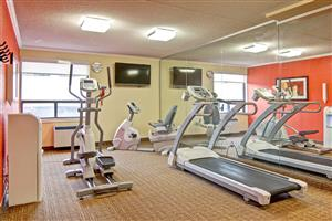 Fitness/ Exercise Room - Best Western Plus Toronto North York Hotel & Suites