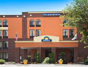 days inn wyomissing pa see discounts. Black Bedroom Furniture Sets. Home Design Ideas