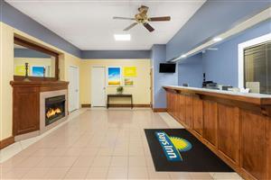 Lobby - Days Inn South Orangeburg