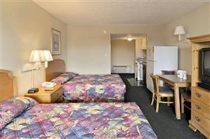 Room - Days Inn Grand Strand Myrtle Beach