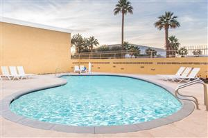 Hotels Near Stagecoach Indio Ca