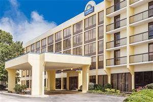 Exterior view - Days Inn & Suites Columbia