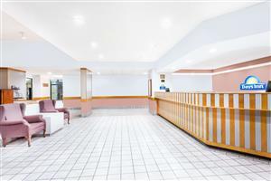 Lobby - Days Inn & Suites Columbia