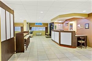Lobby - Microtel Inn & Suites by Wyndham Bryson City