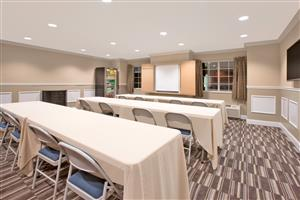 Meeting Facilities - Microtel Inn & Suites by Wyndham Gardendale