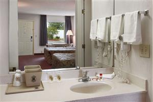 Room - Super 8 Hotel Richburg