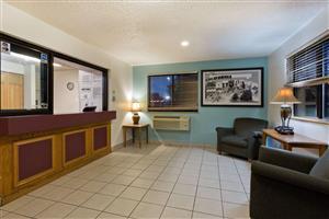 Lobby - Super 8 Hotel Lexington Park California