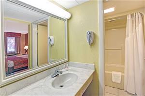 Super 8 Hotel Downtown Gatlinburg Tn See Discounts