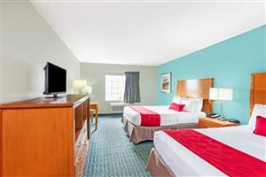 Room - Ramada Limited Hotel Airport Louisville