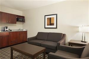 Suite - Ramada Hotel Edson