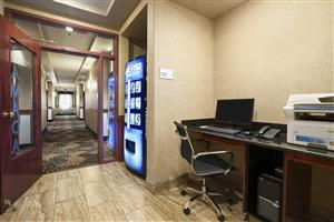 Conference Area - Ramada Hotel Edson