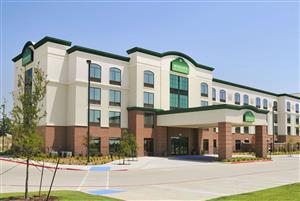 Wingate By Wyndham Hotel Frisco Tx See Discounts