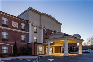 Exterior view - Wingate by Wyndham Hotel High Point