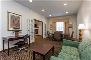 Amenities - Wingate by Wyndham Hotel High Point