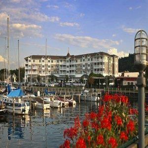 watkins glen harbor hotel ny see discounts. Black Bedroom Furniture Sets. Home Design Ideas