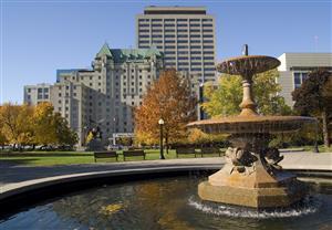 Exterior view - Lord Elgin Hotel Ottawa