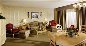 Suite - Piccadilly Inn Airport Fresno