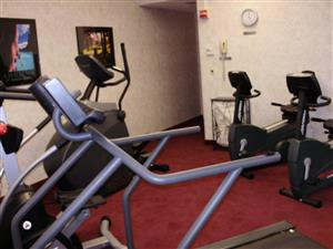 Fitness/ Exercise Room - Piccadilly Inn Airport Fresno