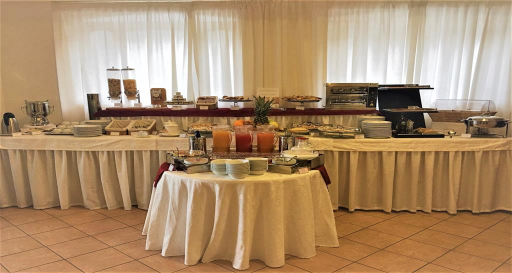 Breakfast/Coffee Service 88 of 256